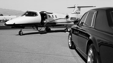 Why Should You Book A Limo Rather Than An Uber Car